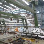 Blick in die Produktionshalle. Das Schiff soll im September überführt werden