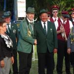 Arndt Kröner gratuliert Rüdiger Upmann