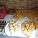 Kaffee, Kuchen und Plätzchen stehen bereit